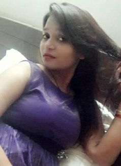 Matured Female - dominatrix in New Delhi Photo 2 of 2