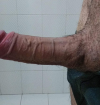 Max - Male escort in Larnaca