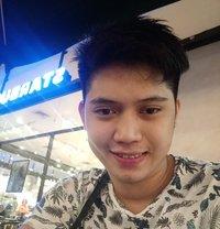 Max - Male escort in Makati City