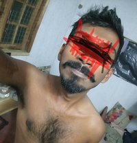 Max Santhiyago - Male escort in Kandy