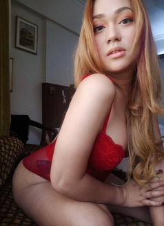 PRIVATE CAMSHOW-APPLEGARCIA - Transsexual escort in Manila Photo 14 of 23