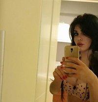 Maya Arabic shemale مايا شيميل عربية - Transsexual escort in İstanbul