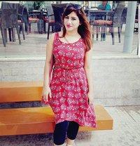 Maya Shaw Call/whats App - escort in Dubai