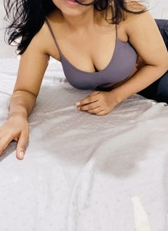 Meetali, Cam Show Model, Independent - escort in Chennai Photo 1 of 7