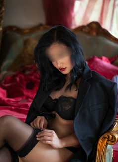 Melizsa Lee - escort in Melbourne Photo 1 of 7