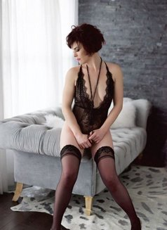 Mellissa Novelli - escort in Calgary Photo 5 of 5