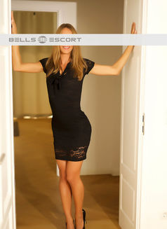 Mia Bb Escort - escort in Munich Photo 1 of 5
