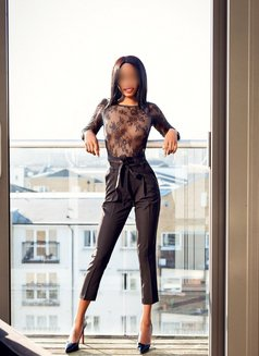Mia Dixion - escort in London Photo 1 of 3