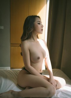 Mia Malaysia Full Service - escort in Dubai Photo 4 of 14