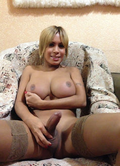 Milagros Titova - Transsexual escort in Moscow Photo 15 of 30