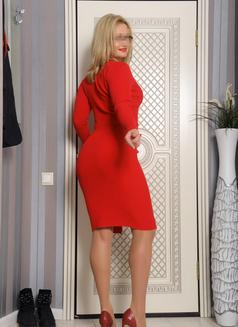 Milena - escort in Saint Petersburg Photo 11 of 12