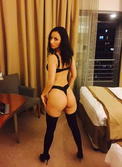 Mili independent - escort in Dubai Photo 16 of 18