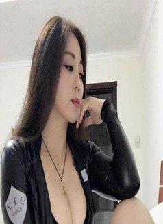 Mimi - escort in Shenzhen Photo 3 of 6