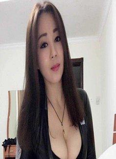 Mimi - escort in Shenzhen Photo 4 of 6