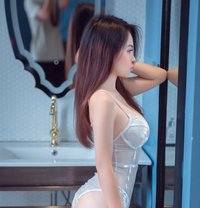 Kiss sweet new best service - escort in Dubai Photo 4 of 9