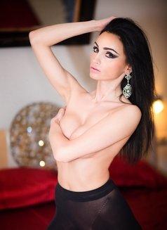 Miss BadGirl (SM Escort) - escort in Munich Photo 13 of 17