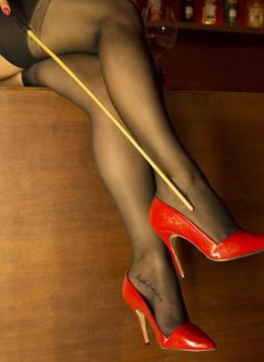Miss Jones Dominatrix Boss - dominatrix in Cannes Photo 13 of 14