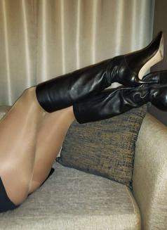 Miss Jones Dominatrix Boss - dominatrix in Cannes Photo 14 of 14