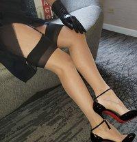 Miss Jones Dominatrix Boss - dominatrix in Paris