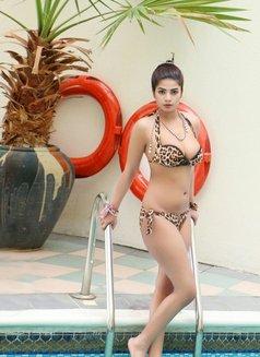 Miss Komal - escort in Dubai Photo 2 of 7