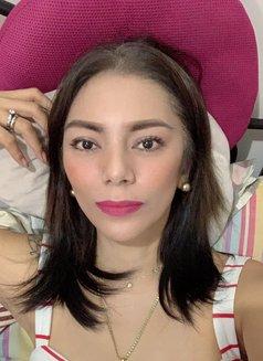 Miss Von Vitch - companion in Makati City Photo 6 of 12