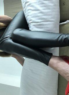 Mistress Adriana - escort in Dubai Photo 5 of 27