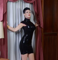 Mistress Alexandra 16th 19th July - dominatrix in Madrid