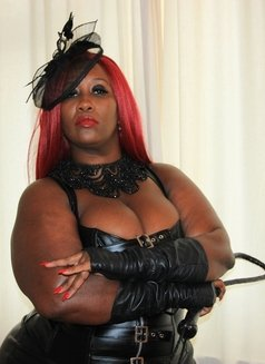Mistress Caramel - escort in Al Manama Photo 1 of 10