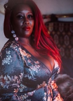 Mistress Caramel - escort in Al Manama Photo 10 of 10