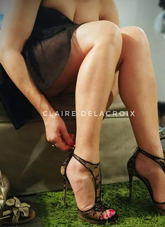 Mistress Claire Delacroix Jan 29-3 Feb - dominatrix in Singapore Photo 3 of 9