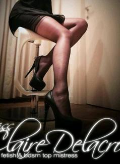 Mistress Claire Delacroix Jan 29-3 Feb - dominatrix in Singapore Photo 9 of 9