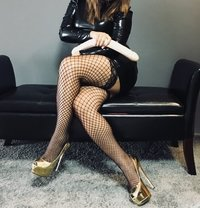 Mistress Cruella - dominatrix in Zürich