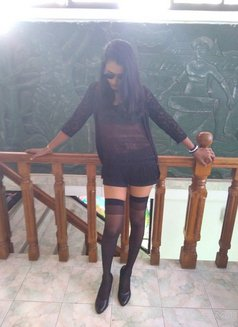 Mistress Dinushi - escort in Colombo Photo 4 of 10