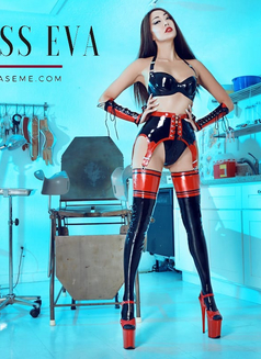 Mistress Eva - dominatrix in Hong Kong Photo 5 of 11