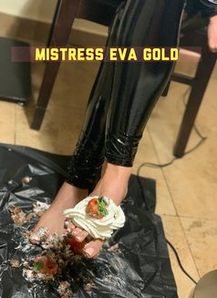 MISTRESS EVA GOLD - dominatrix in Bucharest Photo 10 of 23