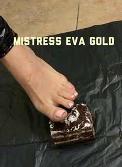 MISTRESS EVA GOLD - dominatrix in Bucharest Photo 7 of 23