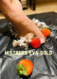MISTRESS EVA GOLD - dominatrix in Bucharest Photo 8 of 23