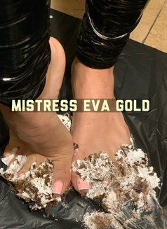 MISTRESS EVA GOLD - dominatrix in Bucharest Photo 2 of 23