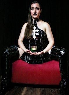 Mistress Evangeline Ducharme - dominatrix in Singapore Photo 16 of 16