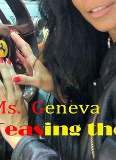 Mistress Geneva - dominatrix in Geneva Photo 15 of 30