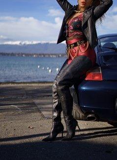 Mistress Geneva - dominatrix in Geneva Photo 24 of 29