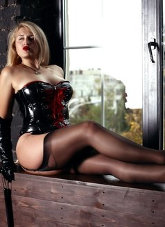 Mistress BDSM KIEV Helene Nuar - dominatrix in Kiev Photo 13 of 20