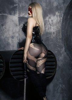 Dubai Fetish BDSM Mistress Nuar - dominatrix in Dubai Photo 5 of 30