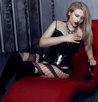 Dubai Fetish BDSM Mistress Nuar - dominatrix in Dubai