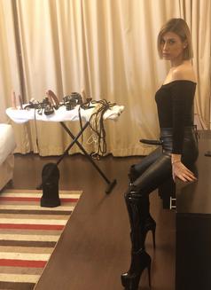 Mistress Ingrid last 2days - escort in Dubai Photo 11 of 14