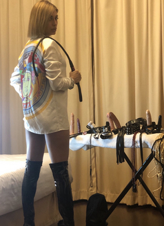 Mistress Ingrid last 2days - escort in Dubai Photo 14 of 14