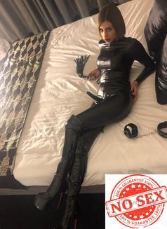 Mistress Ingrid last 2days - escort in Dubai Photo 1 of 14