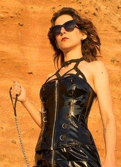 Mistress Isis V - dominatrix in Lisbon Photo 7 of 7