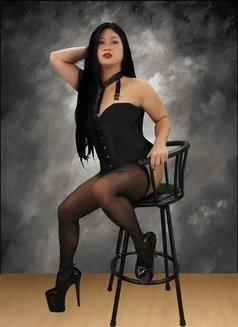 Mistress Ivanna - Transsexual escort in Manila Photo 2 of 7