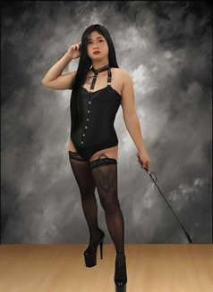 Mistress Ivanna - Transsexual escort in Manila Photo 4 of 7